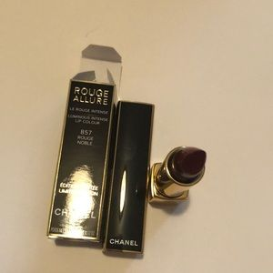 Chanel lipstic